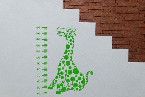 gyerekszoba falmatrica magasságmérő zsiráfos 2